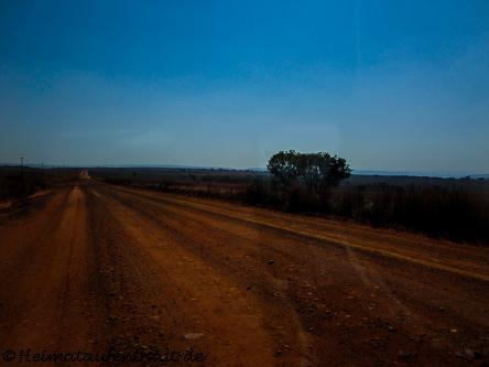 Fahrt von Johannesburg nach Hazyview - typisch afrikanische Landstraße