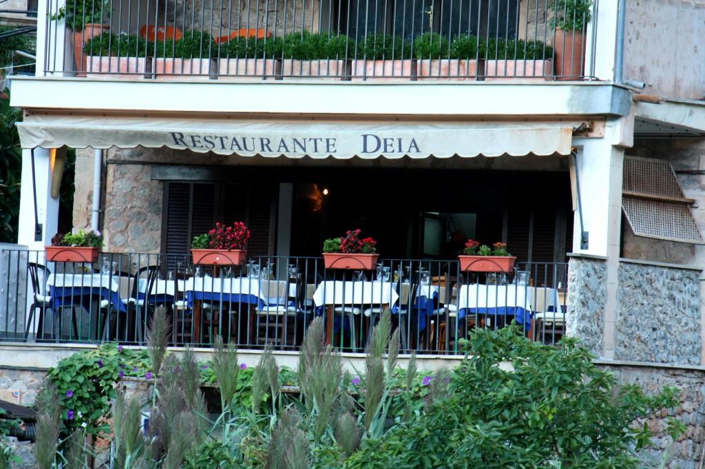 Eines der etwas hochklassigeren Restaurants. Hier diniert auch mal der ein oder andere Celebrity