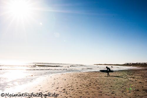 Der Strand ist auch bei Surfern sehr beliebt
