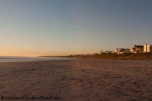 Der Strand lädt zum Abendspaziergang ein...