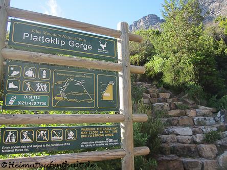 """Start des """"Platteklip Gorge"""" Pfades auf den Tafelberg"""