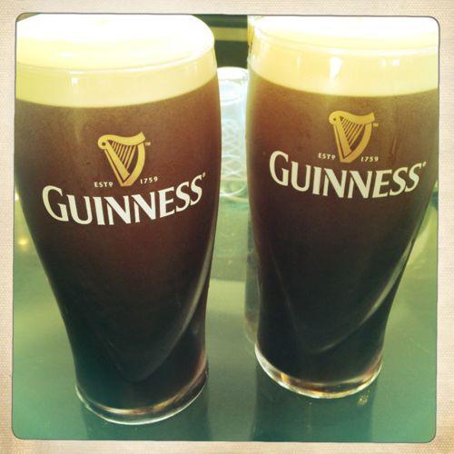 Ein frisch gezapftes Guinness ist ein Muss für jeden Dublin Besuch