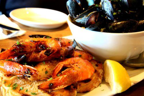 Aus dem Meer direkt auf den Teller - Fangfrische Meeresfrüchte und Fische
